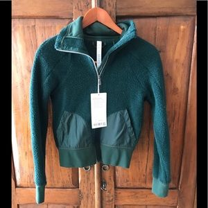 NWT LULULEMON So Sherpa Jacket , Green size 2
